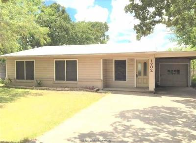 Brazos County Single Family Home For Sale: 1202 Munson