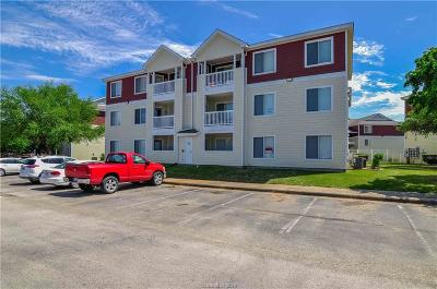 College Station Condo/Townhouse For Sale: 523 Southwest Parkway #103
