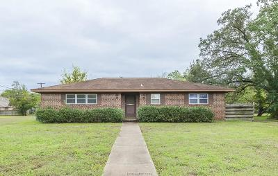 College Station Single Family Home For Sale: 806 Thomas Street