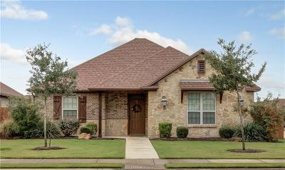 College Station Single Family Home For Sale: 400 West Deacon Drive