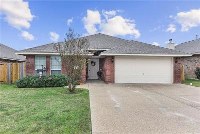 College Station Single Family Home For Sale: 1006 Emerald Dove