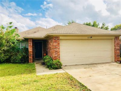 College Station Single Family Home For Sale: 824 Azalea Court
