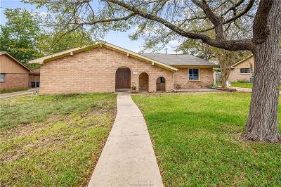 Brazos County Single Family Home For Sale: 1114 Merry Oaks Drive