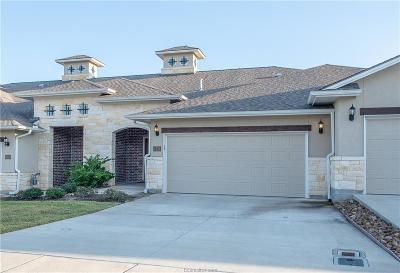 College Station Condo/Townhouse For Sale: 4351 Dawn Lynn Drive
