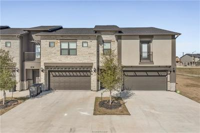 College Station Condo/Townhouse For Sale: 2923 Papa Bear Drive