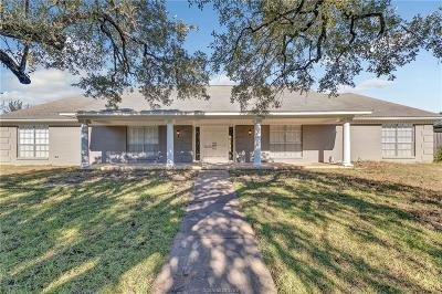 Bryan TX Single Family Home For Sale: $259,900