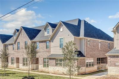 College Station Condo/Townhouse For Sale: 2009 Harvey Mitchell