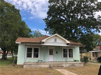 Hearne Single Family Home For Sale: 401 Cedar Street