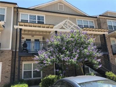 College Station Condo/Townhouse For Sale: 1725 South Harvey Mitchell Parkway #223