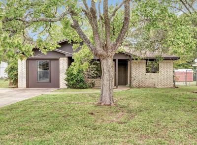 Bryan Single Family Home For Sale: 4533 Woodbend Drive
