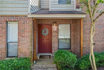 College Station Condo/Townhouse For Sale: 1904 Dartmouth Street #K3