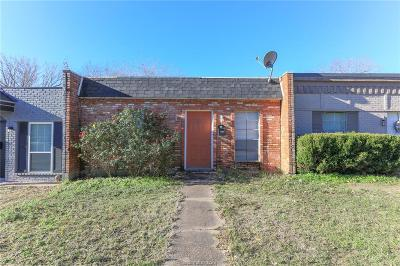 College Station Single Family Home For Sale: 1710 Leona Drive