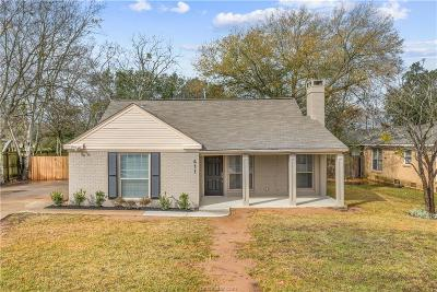 College Station Single Family Home For Sale: 411 Walton Drive