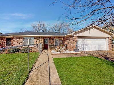 Navasota Single Family Home For Sale: 1807 Neal Street