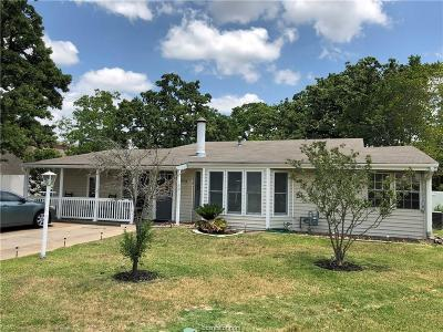 College Station Single Family Home For Sale: 201 Timber Street