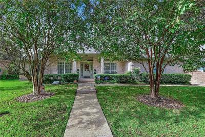 College Station Single Family Home For Sale: 9300 Amberwood Court