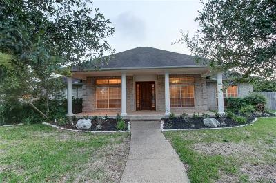 College Station Single Family Home For Sale: 5100 Spanish Bay Court