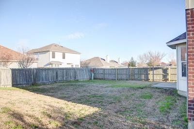 College Station Single Family Home For Sale: 3801 Springfield Drive