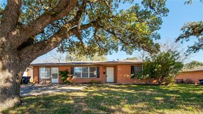 College Station TX Single Family Home For Sale: $255,000