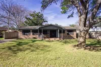 Bryan TX Single Family Home For Sale: $208,000