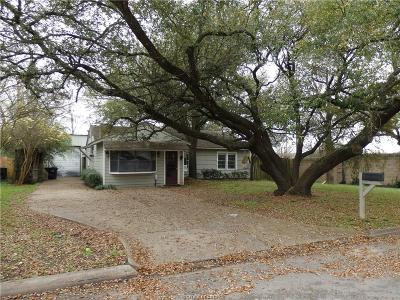 College Station Single Family Home For Sale: 100 Moss Street