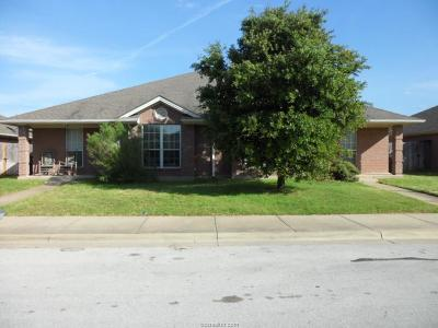 Rental For Rent: 916 Willow Pond Street