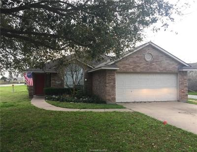 Navasota Single Family Home For Sale: 103 Lonesome Dove Drive
