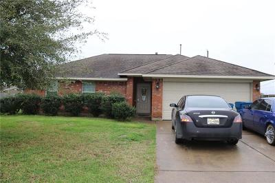 Navasota Single Family Home For Sale: 701 Heritage Drive