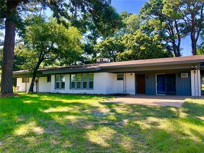 Hearne Single Family Home For Sale: 434 Fm 485