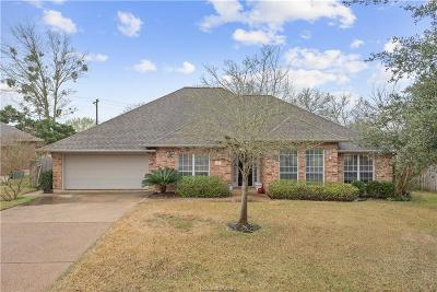 College Station Single Family Home For Sale: 3418 Shire Drive