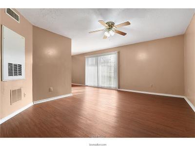 College Station, Bryan Rental For Rent: 1014 Autumn Circle #C