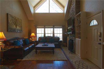 Bryan Condo/Townhouse For Sale: 3122 Camelot Drive #13