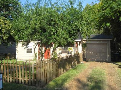 College Station Single Family Home For Sale: 305 Live Oak Street