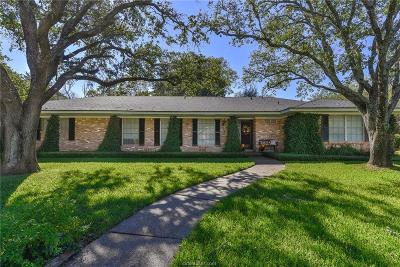 College Station Single Family Home For Sale: 704 Pershing Drive