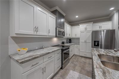 Bryan  , College Station Condo/Townhouse For Sale: 3611 Kenyon