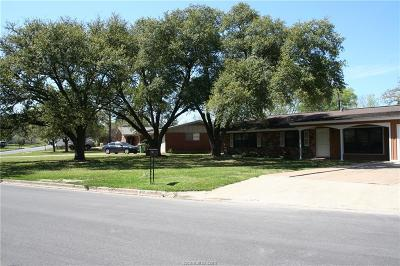 Brazos County Single Family Home For Sale: 810 Vine Street