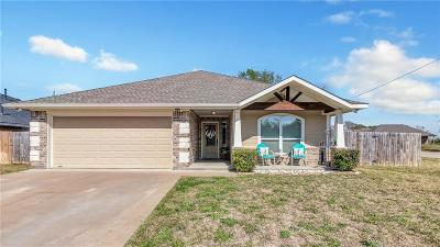 Burleson County Single Family Home For Sale: 1000 Meadow Wood
