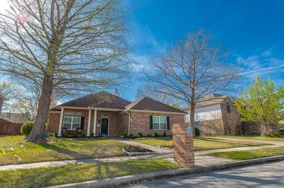 College Station Single Family Home For Sale: 9230 Brookwater Circle