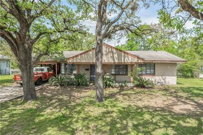 Bryan Single Family Home For Sale: 200 Fairway Drive