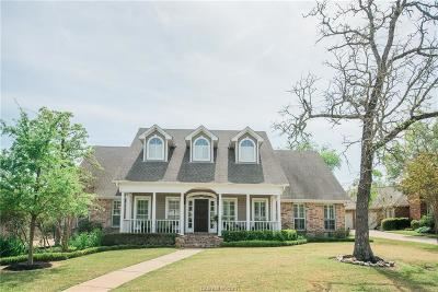 College Station Single Family Home For Sale: 4604 Oakmont