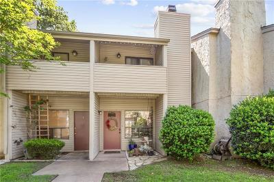 College Station Condo/Townhouse For Sale: 1902 Dartmouth Street #O2