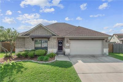 College Station Single Family Home For Sale: 3208 Toni Court
