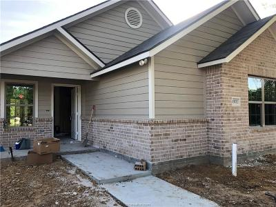 Bryan Single Family Home For Sale: 1502 Military Drive