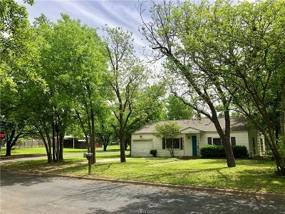 Brazos County Single Family Home For Sale: 308 Gilchrist