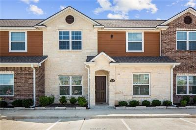 College Station Condo/Townhouse For Sale: 301 Southwest Parkway #351
