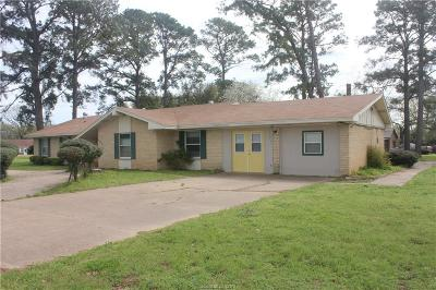 Hearne Single Family Home For Sale: 909 Blackshear