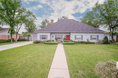 Bryan Single Family Home For Sale: 2304 Quail Hollow Drive