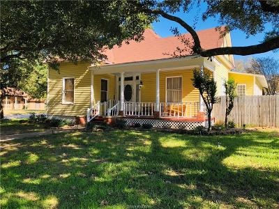 Robertson County Single Family Home For Sale: 517 North Main Street