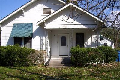Navasota Single Family Home For Sale: 518 Horlock Street