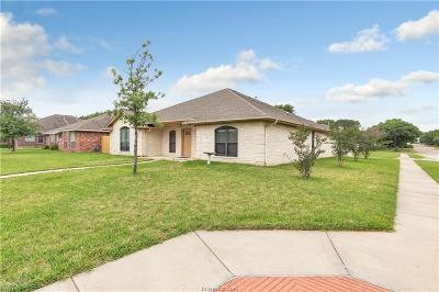 Single Family Home For Sale: 1519 Bluefield Court